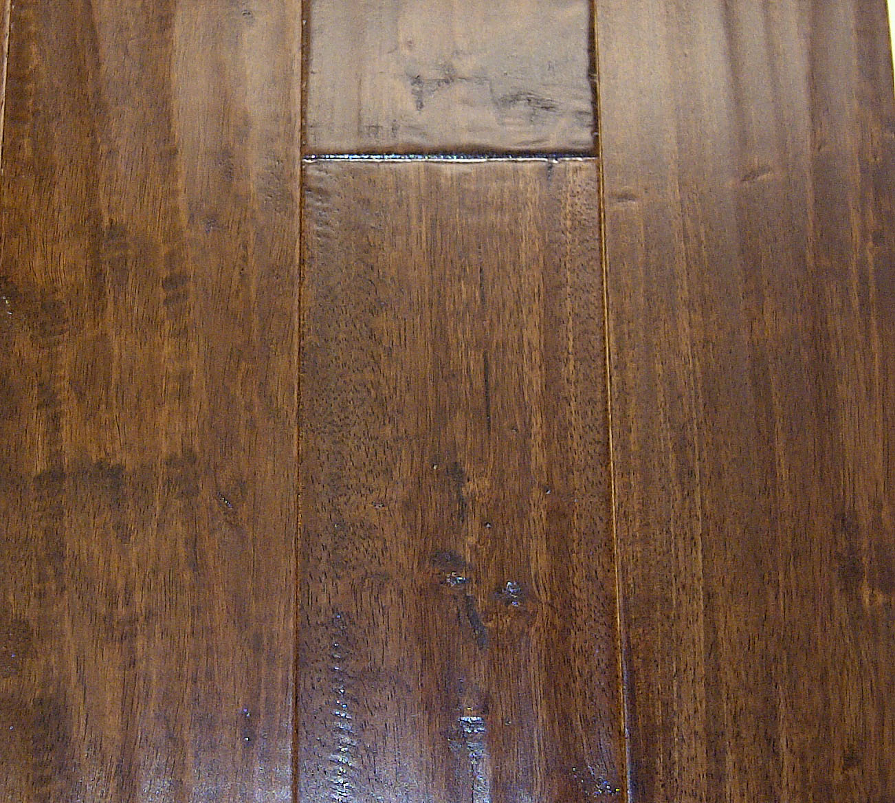 Distressed hardwood flooring hq store for Distressed wood flooring